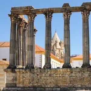 Templo de Diana e Catedral em Évora